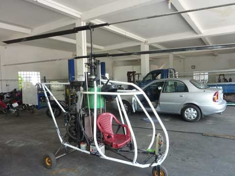 Mẫu trực thăng tự chế đầu tiên của kỹ sư Bùi Hiển
