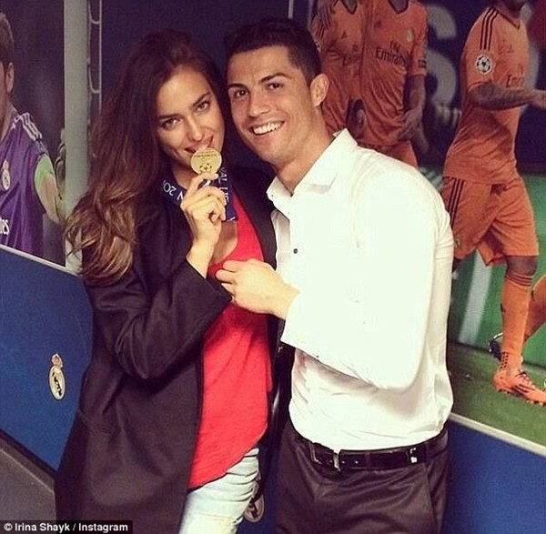 Báo Bồ Đào Nha hé lộ nguyên nhân Ronaldo chia tay Irina Shayk 4