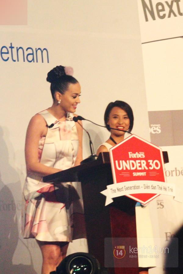 Hình ảnh của Katy Perry tại Việt Nam khá hạn chế