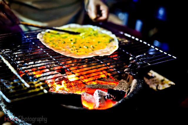Bánh tráng nướng Đà Lạt. (Ảnh: HAN Photography)