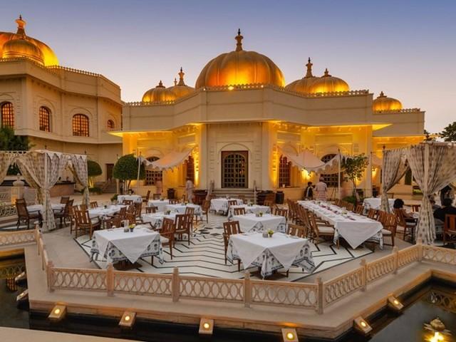 Khách sạn Oberoi Udaivilas được trang TripAdvisor bầu chọn là khách sạn tốt nhất ở Ấn Độ.