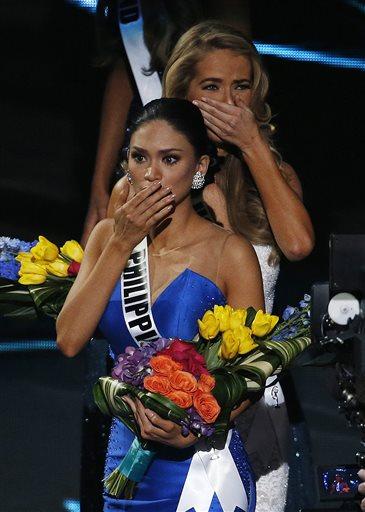 Khuôn mặt thảng thốt của Hoa hậu Philippines Pia Alonzo Wurtzbach. (AP Photo/John Locher)