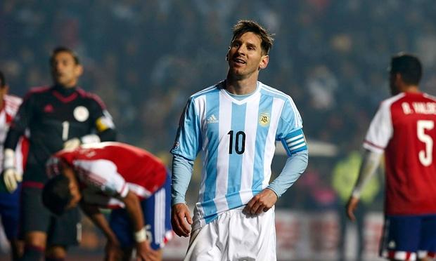 Messi chấp nhận làm kép phụ tại Argentina