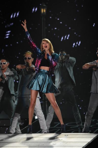 Taylor Swift vừa có 2 buổi diễn lớn thành công tại Nhật Bản hôm 5 và 6/5