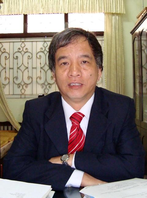 TS Trần Hữu Sơn