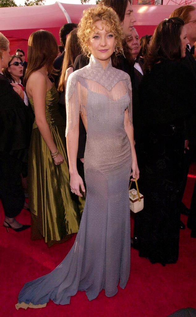 Người đẹp Kate Hudson cũng có lúc quê mùa với bộ váy lỗi mốt của thương hiệu Stella McCartney