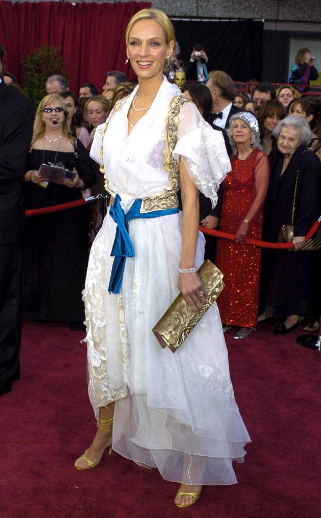 Nữ diễn viên Uma Thurman chắc chắn sẽ rất xấu hổ khi nhìn lại bộ cánh của thương hiệu Christian Lacroix cô diện đến lễ trao giải Oscar năm 2004