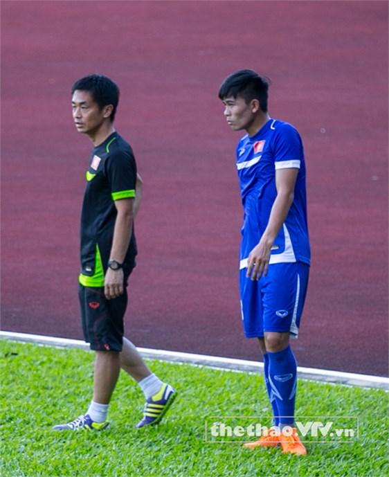 Có thể, Mạnh Hùng sẽ ngồi trên ghế dự bị trong trận đấu chiều mai trước U23 Malaysia
