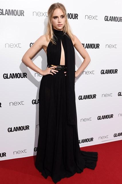 Người mẫu Suki Waterhouse - bạn gái cũ của tài tử Bradley Cooper - cũng xuất hiện với thiết kế tinh tế của Elie Saab.