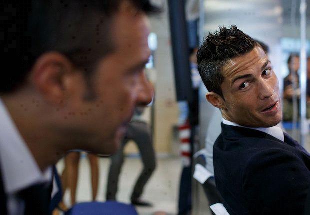 Jorge Mendes hết lời ca ngợi C.Ronaldo sau khi siêu sao người BĐN lần thứ 3 trong sự nghiệp giành danh hiệu QBV.