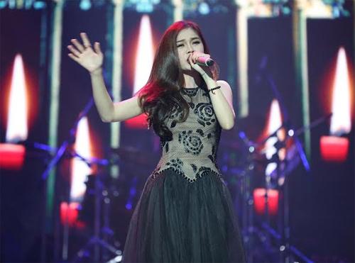 Phương Mỹ Chi giành giải thưởng 1 tỷ, Thùy Chi hát live như thu đĩa 8