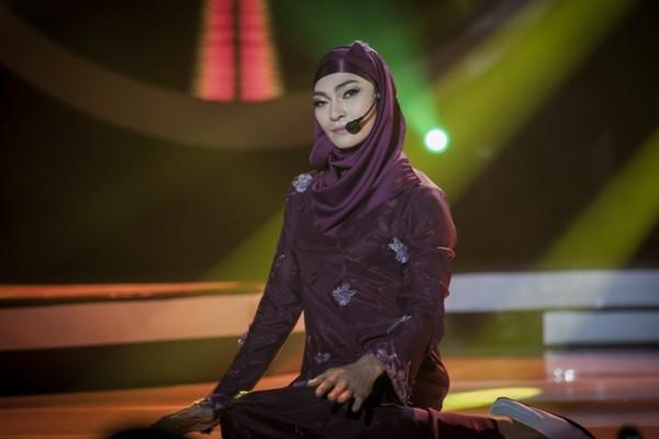 Khương Ngọc tiếp tục hút hồn khán giả khi vào vai nữ ca sĩ Ira Maya Sopha của Indonesia