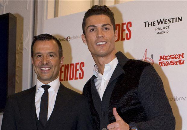 Cris Ronaldo và trùm cò cầu thủ Jorge Mendes