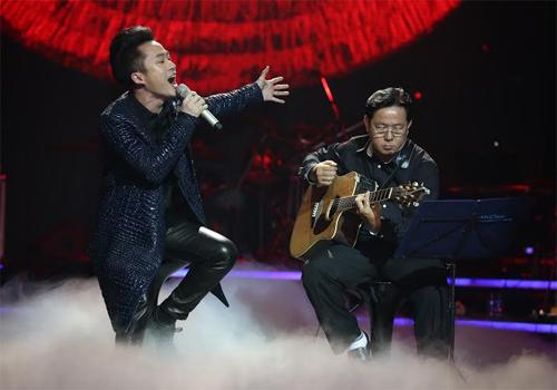 Phương Mỹ Chi giành giải thưởng 1 tỷ, Thùy Chi hát live như thu đĩa 9