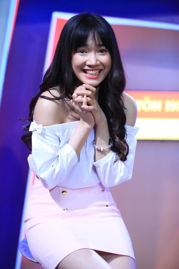 VTV.vn - Trường Giang sẽ là trưởng phòng đón tiếp bạn gái Nhã Phương khi cô  tham gia chương trình Ơn giời! Cậu đây rồi! 2015.