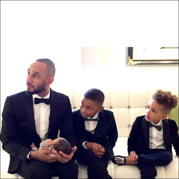 Swizz và 3 cậu con trai.