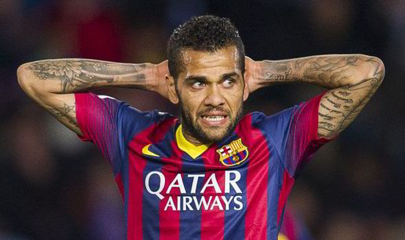 Dani Alves là một trong những bản hợp đồng thành công nhất ở vị trí hậu vệ cánh phải của Barcelona.