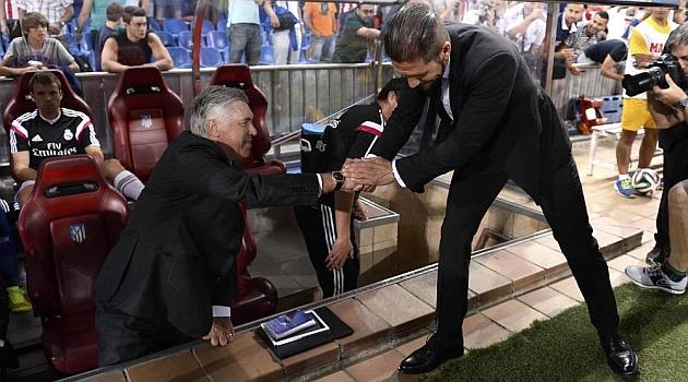 Ancelotti và Simeone (phải) là hai HLV thành công nhất trong năm 2014 ở cấp CLB.