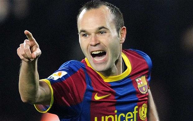 Cùng với Messi và Xavi, Iniesta đã tạo nên tam giác vàng trong thành công của Pep Guardiola tại Barcelona.
