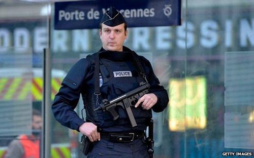 Pháp thắt chặt an ninh trước cuộc xuống đường lịch sử (ảnh: Getty)