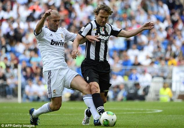 12 năm sau cuộc chiến tại Champions League, Nedved và Zidane nay đều đã lui về hậu trường tại Real và Juventus