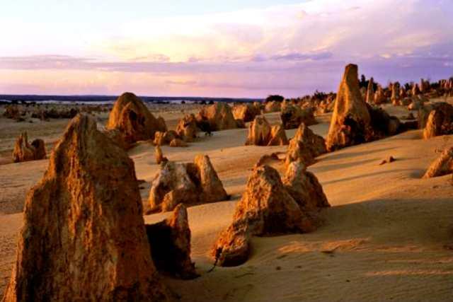 Các khối đá vôi ở vùng Outback. (Ảnh: Getty Images)