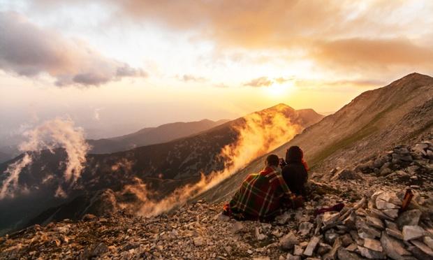 Ngắm mặt trời lặn ở công viên quốc gia Pirin. Nguồn: Dobrinminkov/Corbis