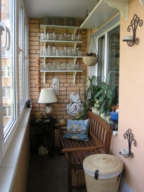 Ban công thành góc uống trà tuyệt đẹp trong nhà.