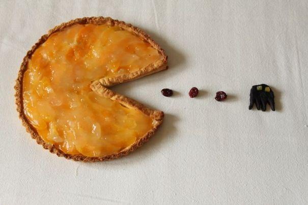 Bánh mang hình biểu tượng quen thuộc.
