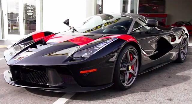 LaFerrari Bespoke sở hữu mâm xe hợp kim 5 chấu với logo màu vàng của Ferrari