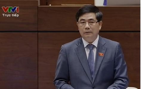 Bộ trưởng Bộ NN&PTNT Cao Đức Phát trong phiên trả lời chất vấn sáng nay.