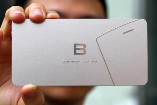 Thiết kế của BPhone lộ diện trên tấm thiệp mời (Nguồn: Internet)