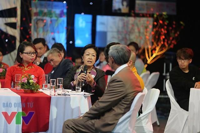 Bà Tôn Nữ Thị Ninh trong chương trình Gala Việc tử tế