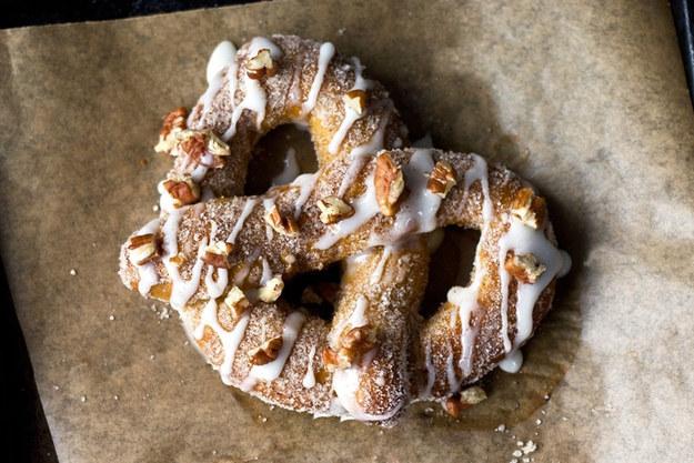 Món bánh thơm ngon có nguyên liệu từ cà phê, bơ, pho-mát, bí ngô.