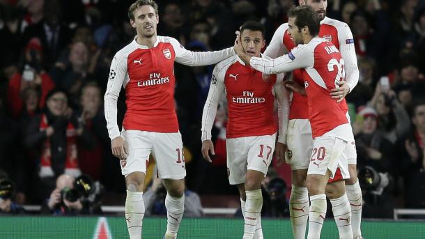 Arsenal đứng trước muôn vàn khó khăn để có thể đi tiếp tại Champions League