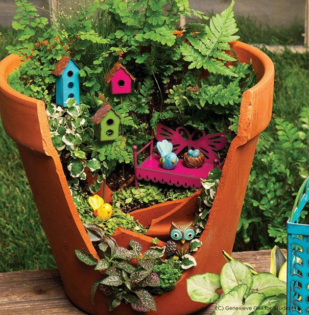 Những tác phẩm nhiều màu sắc sẽ gây thu hút với cả trẻ nhỏ.