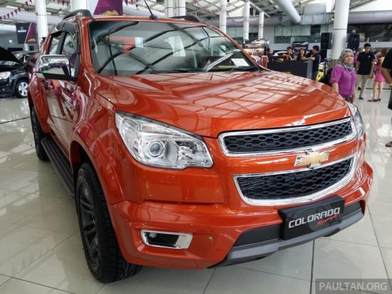 Chevrolet Colorado Sport Edition được trang bị thêm bộ bodykit hoàn toàn mới đậm chất thể thao