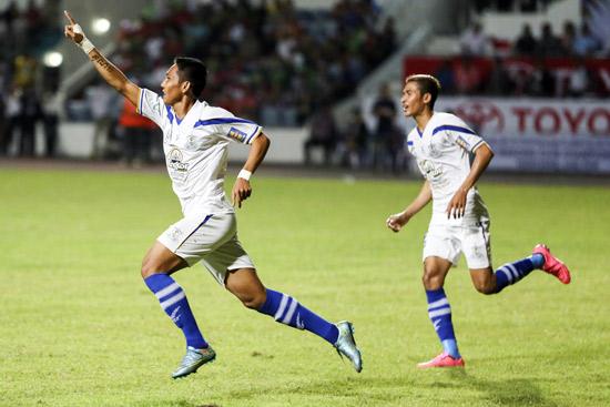 Niềm vui chiến thắng của các cầu thủ Boeung Ket Angkor ở vòng loại