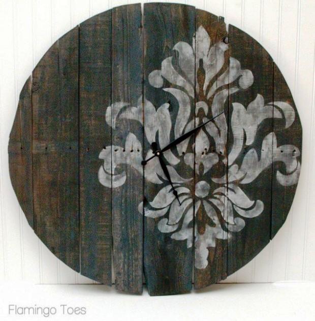 Chiếc đồng hồ sáng tạo từ những mảnh gỗ nhuộm màu thời gian