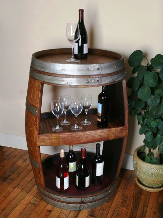 Giá để rượu từ thùng rượu gỗ cũ