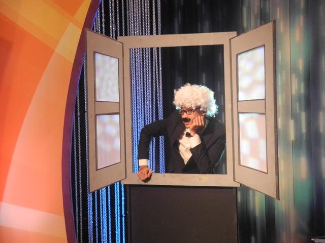 Khán giả cũng sẽ gặp lại nhân vật quen thuộc Mr.Ném