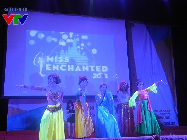 Những nàng công chúa Disney của Đại học Thăng Long gây ấn tượng tốt tới khán giả và ban giám khảo