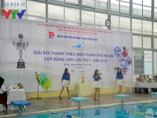 Màn trình diễn văn nghệ trước lễ khai mạc giải bơi