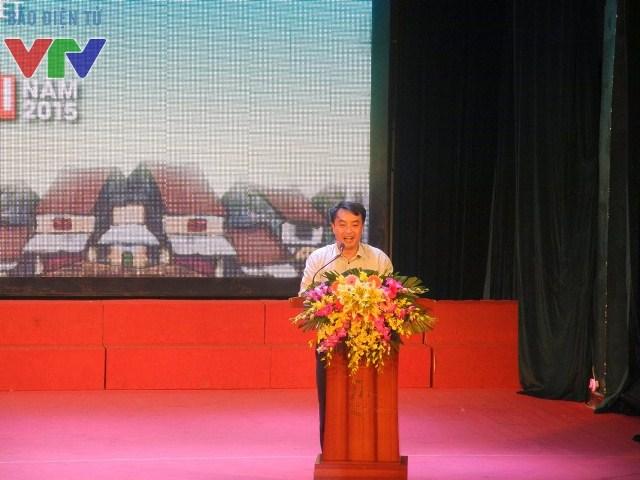 Đồng chí Nguyễn Thiên Tú, Phó Chủ tịch Hội sinh viên TP Hà Nội, Giám đốc nhà Văn hóa học sính - sinh viên Hà Nội phát biểu trước cuộc thi