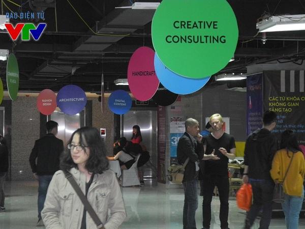 Buổi triển lãm mang đến nhiều điều mới mẻ và nhận thức sâu sắc về ngành công nghiệp sáng tạo.