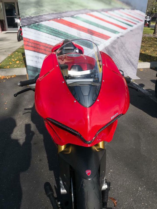 Ducati 1299 Panigale được trang bị động cơ 205 mã lực