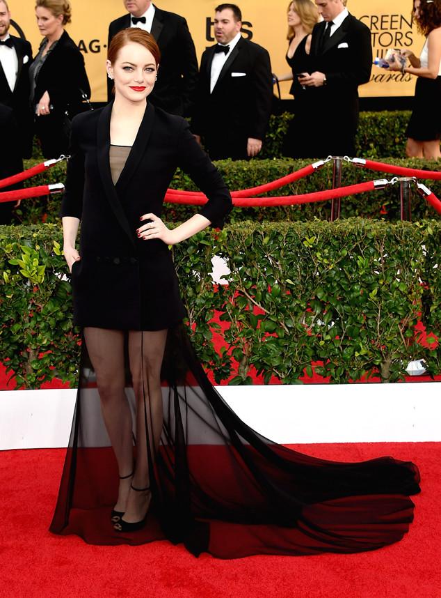 Emma Stone với chiếc váy độc đáo trên thảm đỏ SAG Awards 2015.
