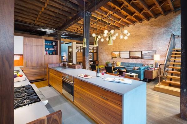 Sau khi được cải tạo bởi KTS Andrew Franz, căn hộ như được khoác một chiếc áo mới với phong cách tinh tế, ấm cúng và sang trọng