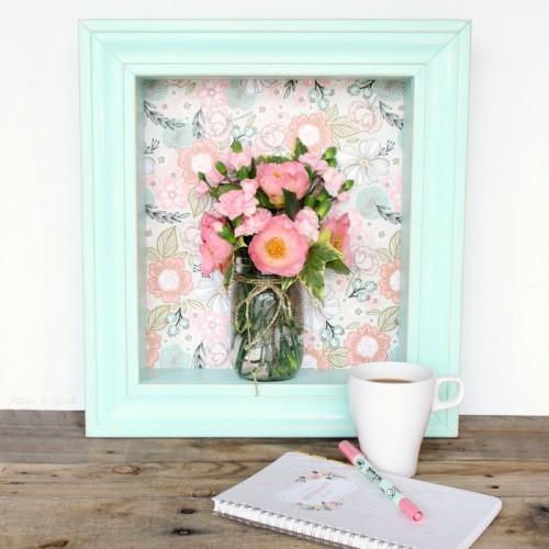 Tạo điểm nhấn cho không gian nhà ở bằng những bức tranh, ảnh hình hoa.