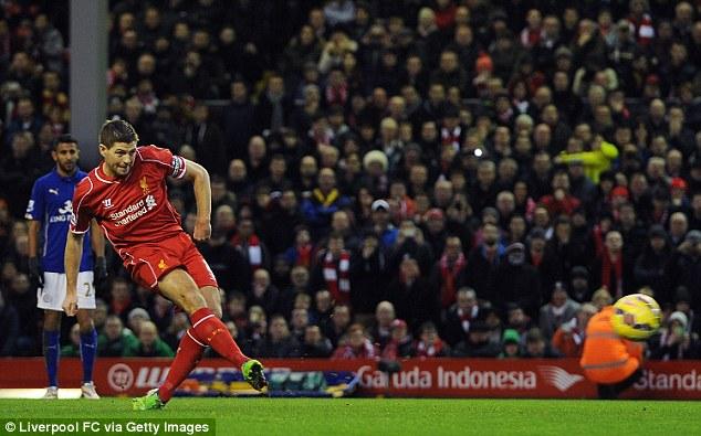 Thủ quân Gerrard ghi hai bàn đều từ chấm 11m giúp Liverpool dẫn trước nhưng họ bất ngờ bị chia điểm ở Anfield.